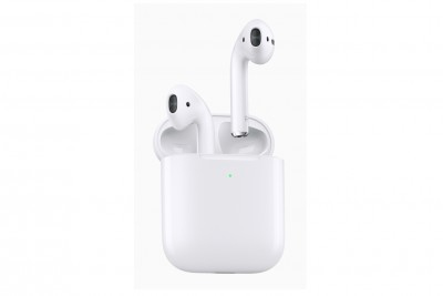 AirPods 2 Wired charging case